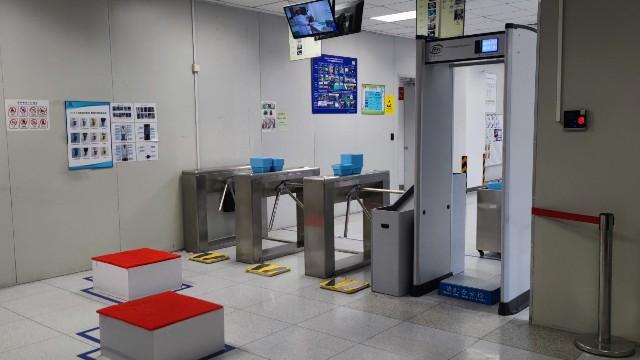 引入探天下金属防盗探测安检门,达研光电加强厂房安全管理